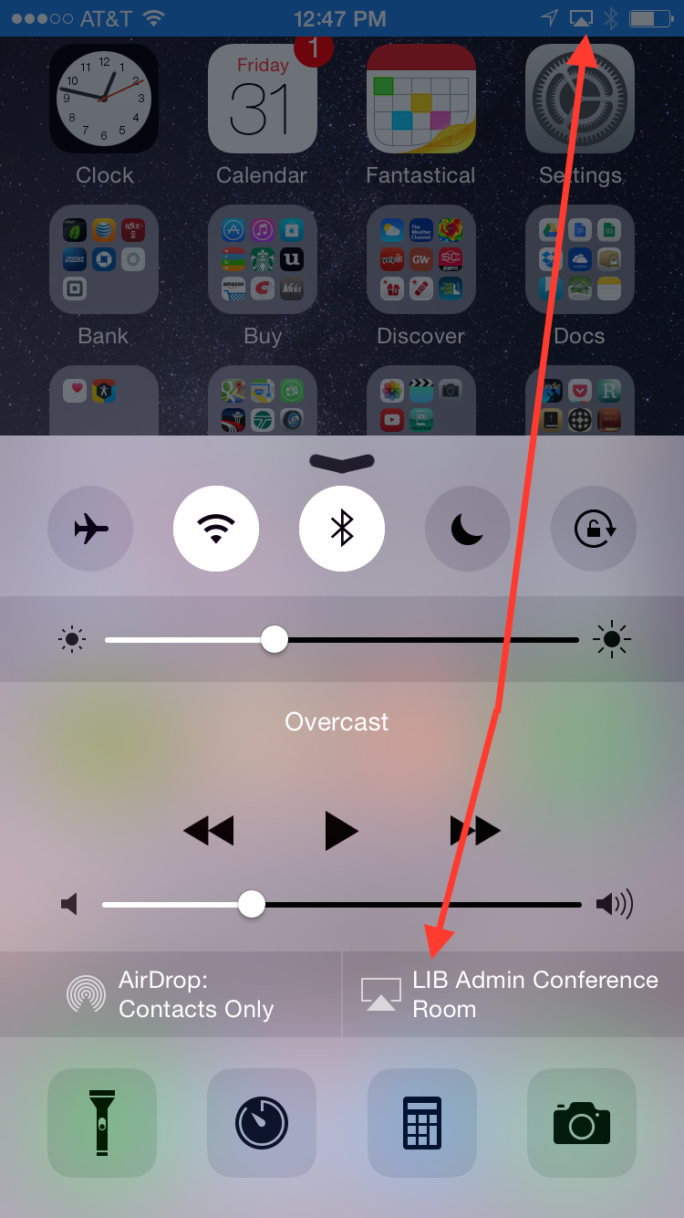 Blue bar on iPhone to show AirPlay is on